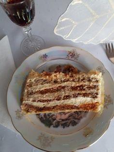 József torta, sokszor elkészítem, mert elképesztően finom, ez mindenkinek ízleni fog! - Egyszerű Gyors Receptek Torte Cake, Hungarian Recipes, Dessert Ideas, Pancakes, French Toast, Breakfast, Food, Caramel, Kuchen