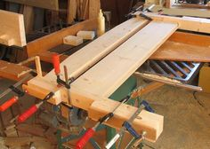 Building a bed Kids Bed Frames, Wood Projects, Projects To Try, Diy Bett, Built In Bed, Kid Beds, Woodworking Projects Plans, Bed Design, Wood Furniture