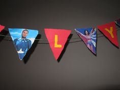 Paper Wonder Woman bunting with scalloped edge.