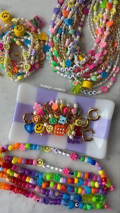 Funky Jewelry, Cute Jewelry, Diy Jewelry, Jewelery, Jewelry Accessories, Handmade Jewelry, Jewelry Making, Bead Jewellery, Beaded Jewelry