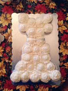 DIY Wedding Shower Cupcakes