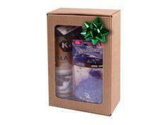 Dárkový balíček s autokosmetikou a s doplňky. Elegantní dárkové balení, které potěší každého řidiče.