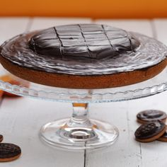 You'll be amazed how easy it is to create this giant Jaffa Cake for yourself! You'll be amazed how easy it is to create this giant Jaffa Cake for yourself! Baking Recipes, Cake Recipes, Dessert Recipes, Baking Desserts, Tea Recipes, Jaffa Kuchen, Giant Jaffa Cake, Delicious Desserts, Yummy Food