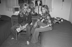 Cherie Currie and her sister