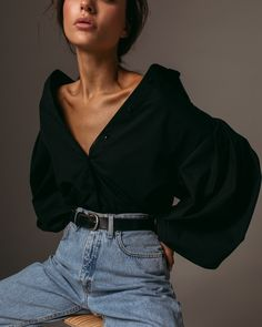 Wide sleeve shirt in black — Namelazz The Effective Pictures We Offer You About Fashion Minimalist w Look Fashion, Fashion Beauty, Autumn Fashion, Fashion Outfits, Womens Fashion, Fashion Trends, Fashion Tips, Looks Street Style, Looks Style