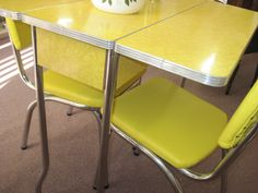 retro drop leaf kitchen tables and chairs | Yellow 1950′s Cracked Ice Formica Table and Chairs