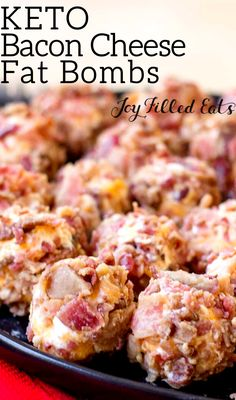 If you need a quick and easy appetizer stop right here. My Bacon Cheddar Mini Cheese Balls have only 3 ingredients but a ton of flavor. They come together in just 5 minutes. Delicious as a snack and a great savory fat bomb for the summer! Best Low Carb Recipes, Low Carb Dinner Recipes, Appetizer Recipes, Favorite Recipes, Dinner Healthy, Quick And Easy Appetizers, Quick Easy Meals, Ketogenic Recipes, Keto Recipes