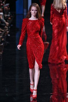 Red Fashion, Couture Fashion, Runway Fashion, Fashion Dresses, Nice Dresses, Short Dresses, Elie Saab Couture, Red Wedding Dresses, Festa Party