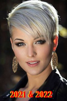 Short hairstyles for women in 2021-2022 Super Short Hair, Short Grey Hair, Short Hair Cuts For Women, Short Hairstyles For Women, Vintage Hairstyles, Hairstyles With Bangs, Updos Hairstyle, Boho Hairstyles, Wedding Hairstyles