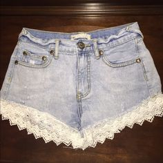 Free People lace shorts Great condition! Worn but good as new. Just too small for me! Free People Shorts Jean Shorts