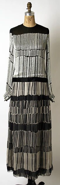 Evening dress, James Galanos, ca. 1985, American, silk, The Metropolitan Museum of Art.