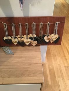 Hochzeitsgeschenk Place Cards, Place Card Holders, Diy, Wedding, Gifts, Crafting, Bricolage, Do It Yourself, Homemade