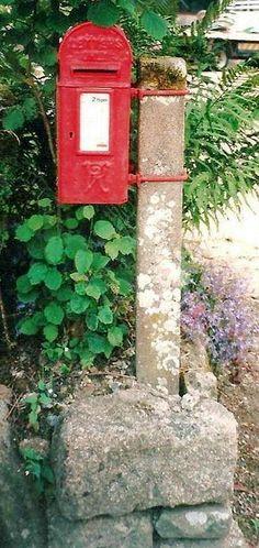 Victorian Lamp Box
