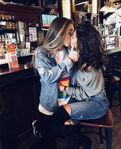 The Fastest Growing Bisexual Dating Site for Women and Couples Cute Lesbian Couples, Lesbian Pride, Lesbian Love, Cute Couples Goals, Couple Goals, Couple Tumblr, Couple Ulzzang, Girlfriend Goals, Gay Aesthetic