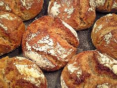 Potato roll with a brilliant crust - recipes Healthy Pumpkin Bread, Gluten Free Pumpkin, Pumpkin Recipes, Pecan Desserts, Dessert Recipes, Healthy Rolls, Healthy Potatoes, Baking Stone, Thanksgiving Desserts