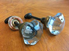 Vintage GLASS Handle Brass DOOR KNOBS Vintage Farmhouse, Farmhouse Style, Vintage Door Knobs, Glass Knobs, Knobs And Handles, Cozy House, Bobs, Decorating Ideas, Rustic