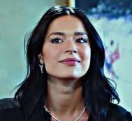 بیوگرافی و عکسهای زهرا در سریال سیب ممنوعه Norouz