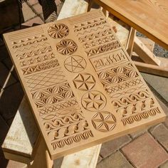 Art of wood engraving # wood engraving - Dremel Projects Ideas Wood Carving Designs, Wood Carving Patterns, Diy Wood Projects, Wood Crafts, Diy And Crafts, Dremel Carving, Carving Tools, Chip Carving, Bone Carving