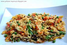 Przepisy Fit: Dietetyczna wersja smażonego ryżu z warzywami. Porcja ok.330 kcal Tasty Dishes, Food Photo, Fried Rice, Risotto, Healthy Recipes, Healthy Food, Recipies, Good Food, Favorite Recipes