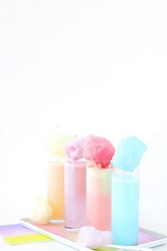 Pastel Cotton Candy Cream Soda + link to free pintables to match the lovely gradient! Unicorn Party, Unicorn Birthday, Unicorn Wedding, 12th Birthday, Cream Soda, Ice Cream, Milkshake Recipes, Festa Party, Pink Cotton Candy