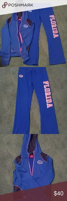 NWOT Gator sweats Never worn Gator sweats..zip up hoodie and pants Colosseum Other