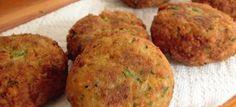 Δες εδώ μια εξαιρετική συνταγή για ΡΕΒΥΘΟΚΕΦΤΕΔΕΣ ΝΗΣΤΙΣΙΜΟΥΣ ΜΕ ΔΥΟΣΜΟ ΚΑΙ ΚΥΜΙΝΟ ΣΤΟ ΦΟΥΡΝΟ, μόνο από τη Nostimada.gr Vegetable Recipes, Vegetarian Recipes, Snack Recipes, Chicken Recipes, Cooking Recipes, Healthy Recipes, Healthy Food, Vegan Menu, Greek Recipes