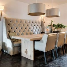 Dining room banquette bench upholstered banquette bench with back built in dining room bench ideas upholstered Dinning Room Bench, Dining Bench With Back, Dining Room Banquette, Kitchen Table Bench, Modern Dining Table, Dining Room Sets, Dining Room Design, Dining Chair, Regal Design
