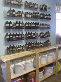 Essential Oils/Fragrance Oils Great storage for essential oils - dream space - shelving for my buckets of ingredients too Essential Oil Storage, Essential Oil Uses, Doterra Essential Oils, Young Living Essential Oils, Kosmetik Shop, Soap Display, Soap Shop, Cold Process Soap, Soap Recipes