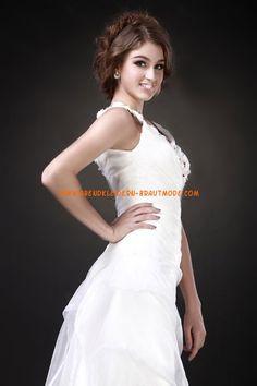 Weiße Luxuriöse Brautmode aus Satin mit Softnetz V-Ausschnitt