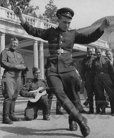 ПЕТЕРСОН Демарест: Народный  экспромтом. Петродворец (Петергоф)