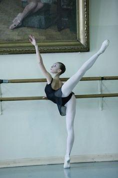 arabesque.