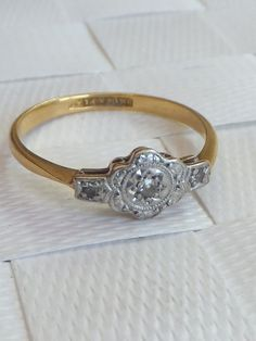 Victorian engagement ring in gold and platinum
