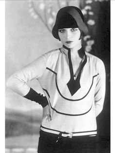 Louise Brooks rare pic wearing a sweater