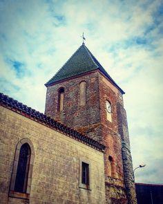 #Cailhau : le fameux #clocher vert de l'#église Saint-Christophe. #aude #audetourisme #jaimelaude #LanguedocRoussillon #sud #suddefrance #southfrance #igersfrance #ig_france #clochersdefrance #patrimoine #architecture #instarchitecture #architectureporn #architecturelovers #trésorspatrimoine #church #towerbell #latergram