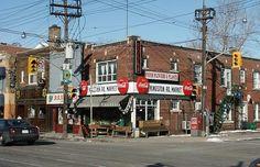 Upper Beaches Toronto Neighbourhoods, Toronto City, Old City, Cityscapes, Landscape Photos, 4 Life, Niagara Falls, Ontario, Trains
