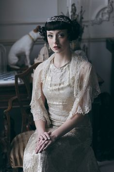 An Eco-Friendly, 1920's Vintage Fashion Inspired Bridal Photoshoot. Photography by wsweddings.co.uk