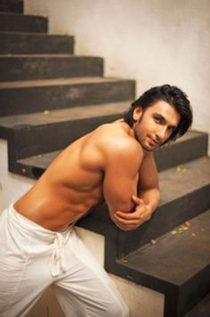 """Gorgeous Indian actor Ranveer Singh is sharing his experience dealing with the infamous """"casting couch."""" That's right, folks, it's in Bollywood too! Deepika Ranveer, Ranveer Singh, Deepika Padukone, Hot Men, Sexy Men, Sanjay Leela Bhansali, Lgbt News, Travis Fimmel, Handsome Actors"""