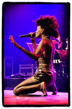 Shingai Shoniwa of Noisettes