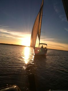 This is my Hunter 28' Sailboat sailing into the sunset.