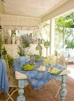 Shabby Chic Home Decor Shabby Chic Porch, Shabby Chic Homes, Cottage Porch, Cottage Style, Cozy Cottage, Outdoor Rooms, Outdoor Living, Outdoor Decor, Outdoor Patios