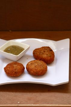veg cutlet recipe or vegetable cutlet is a tasty and easy tea time snack recipe. It is made with mixed vegetables, potato