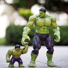 Marvel legends Hulk and Lego Hulk looks cute too bad he's not in Captain America Civil War movie or is he?