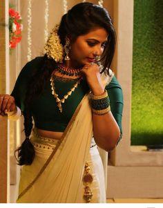 Set Saree, Half Saree Lehenga, Sarees, Half Saree Designs, Saree Blouse Designs, Muslim Wedding Dresses, Saree Wedding, Saree Wearing Styles, Indian Long Hair Braid