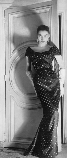 Renée Breton, photo by Louise Dahl-Wolfe, Harper's Bazaar, April 1955 | flickr skorver1
