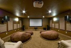 Here are some home theater design ideas, home theater pictures, and DIY options that show how easily you can improve the entertainment spot in your house!