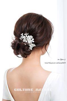 korean makeup and hair new sample Loose Hairstyles, Bride Hairstyles, Hairstyle Ideas, Bridal Braids, Bridal Hair, Korean Wedding Makeup, Korean Makeup, Oil Free Makeup, Hair Flow
