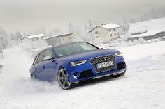 Audi RS4, snow