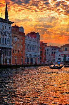 Top 10 Best Honeymoon Destinations - Venice, Italy