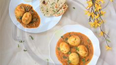 23 Best Indian Recipes for the instant pot. Instant Pot has helped demystify Indian food, and made it easy for everyone to cook it at home. Bean Recipes, Curry Recipes, Vegetarian Recipes, Snack Recipes, Cooking Recipes, Crockpot Recipes, Free Recipes, Instant Pot Pressure Cooker, Pressure Cooker Recipes