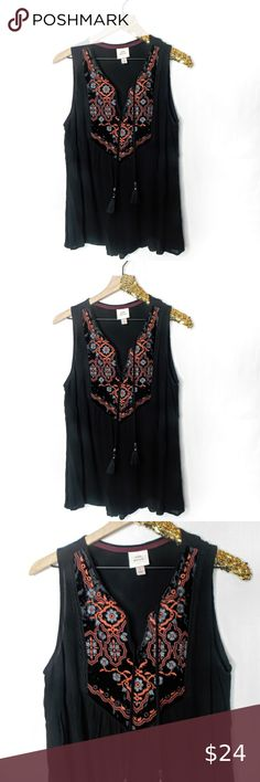 NWOT A NEW DAY Women/'s Tank Top Blouse Floral Eyelet Detail Sleeveless V-Neck